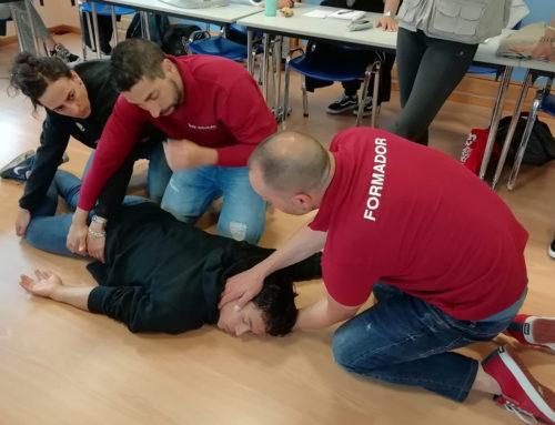 """IEDUCAE imparte el curso """"Primer interviniente ante situaciones de emergencias"""" en la Fundación Vinjoy"""